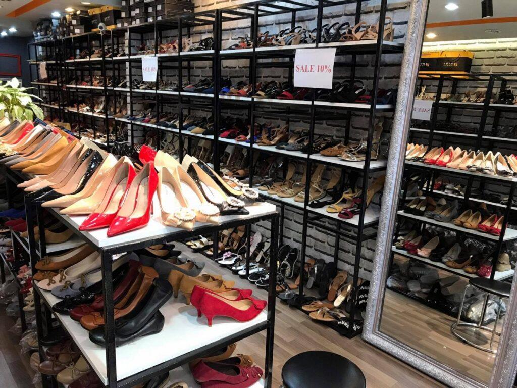bán buôn giày dép