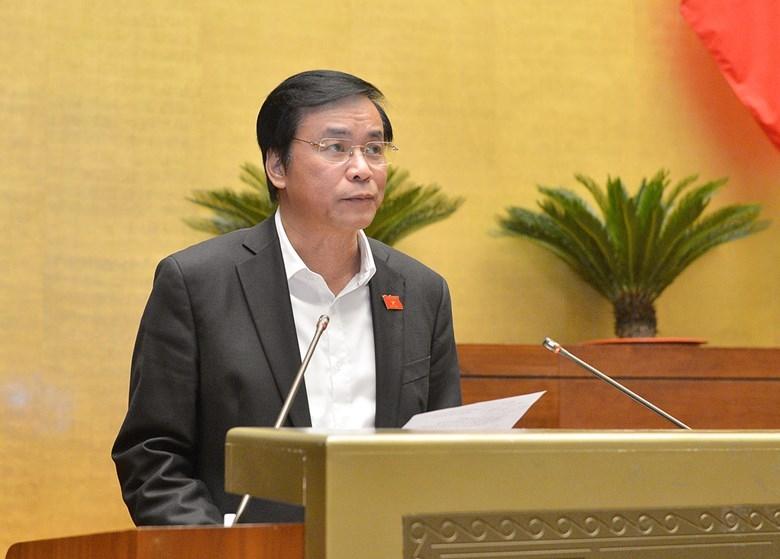 Tổng thư ký Quốc hội Nguyễn Hạnh Phúc báo cáo tiếp thu giải trình trước Quốc hội